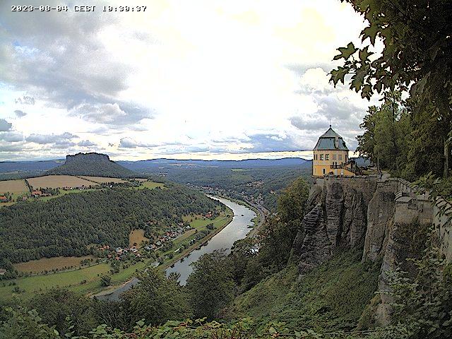 Webcam-Livebild mit Blick auf die Friedrichsburg, das Elbtal und den Lilienstein